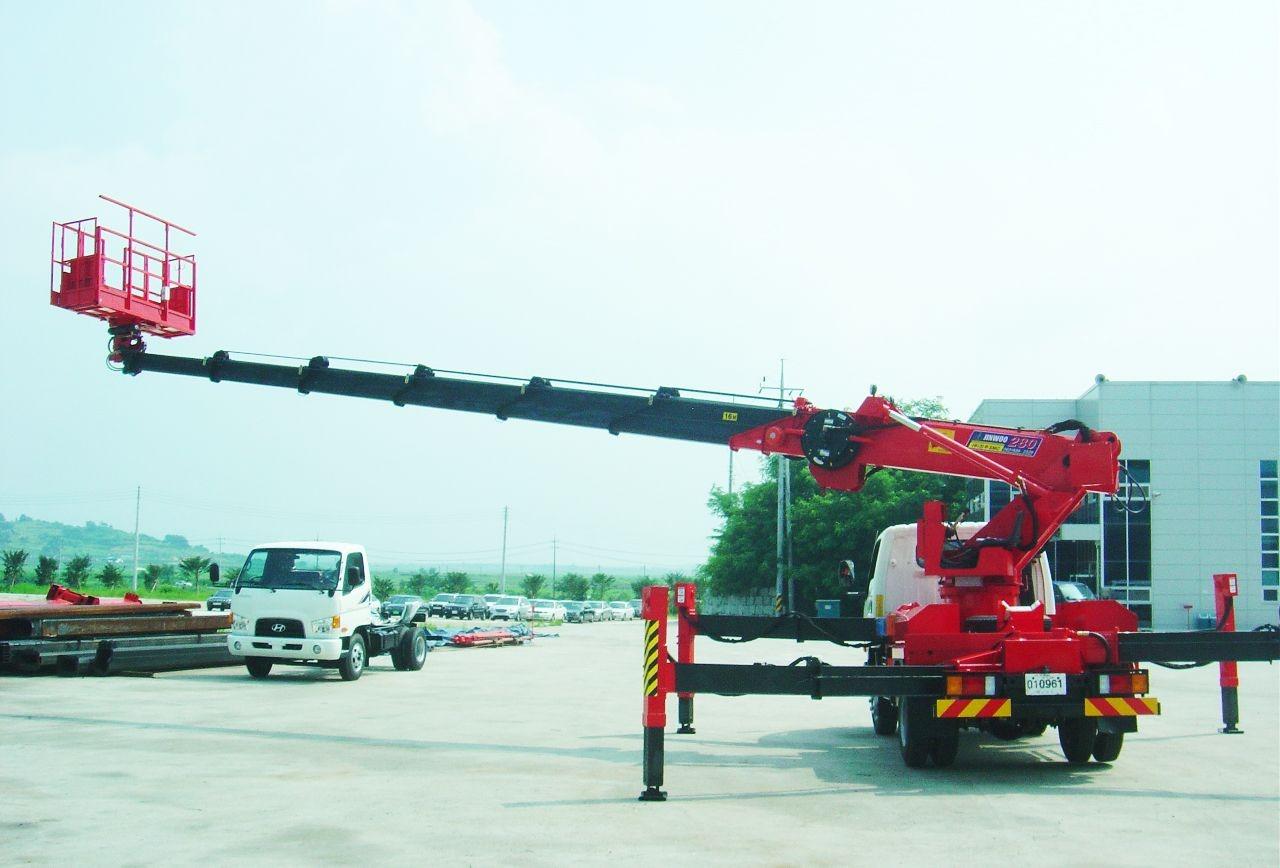 Автовышка Hyundai Телескоп 25 метров