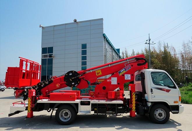 Автовышка Hyundai Грузоподъёмность 300 кг